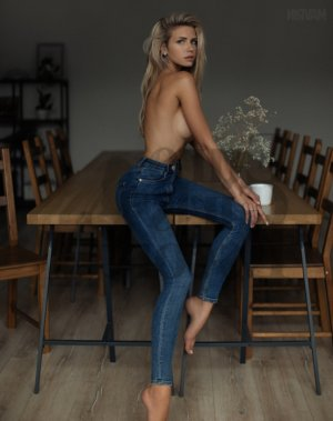 Marie-ginette escort girls & happy ending massage